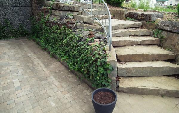 Treppenaufgang Naturstein