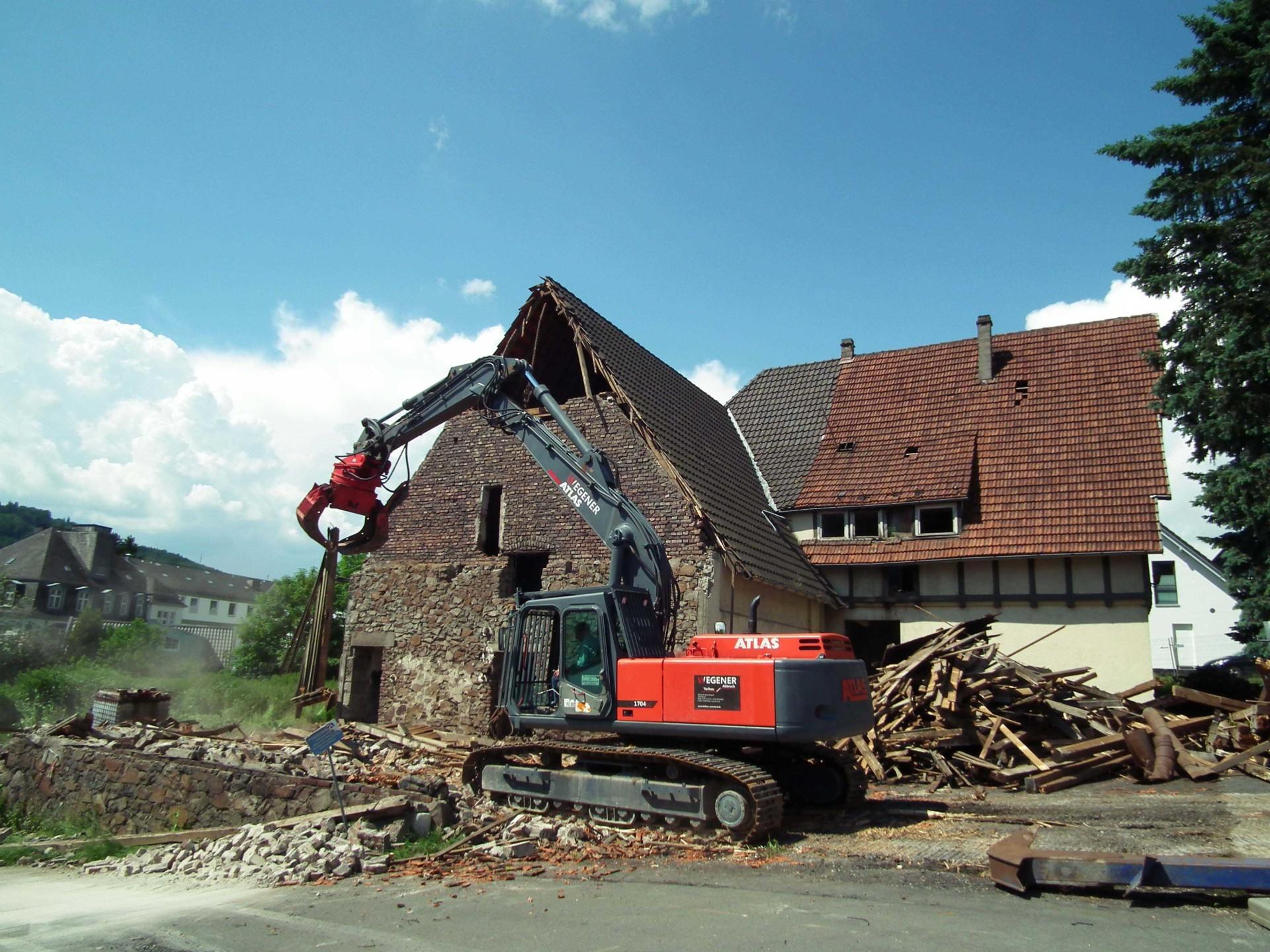 Abbrucharbeiten Fachwerkhaus