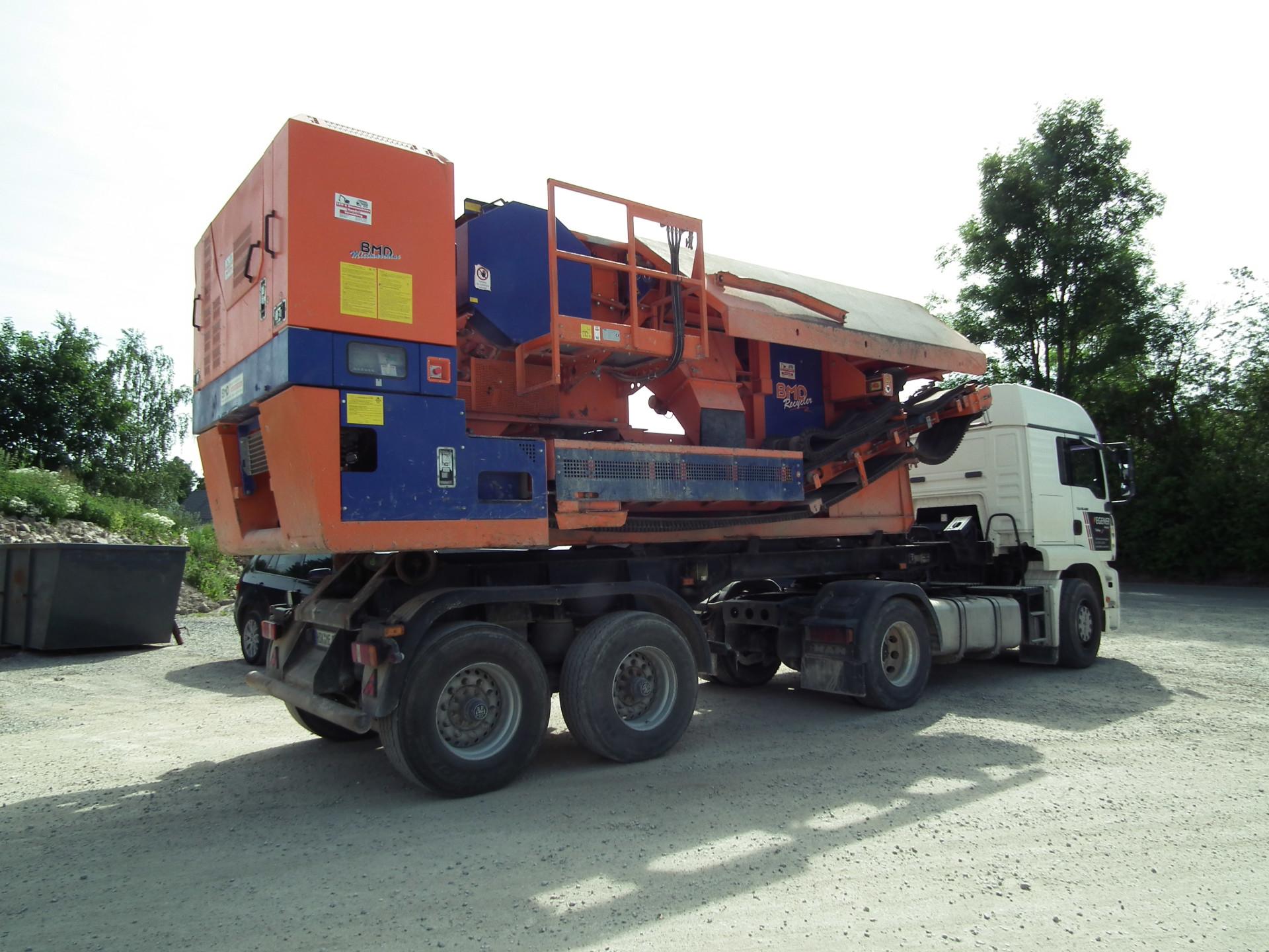BMD RA 700/6 - Transport auf einem Sattelzugfahrzeug